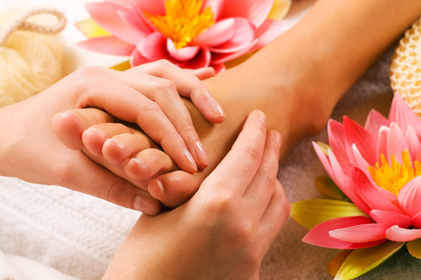 Natural Remedies fro Swollen feet