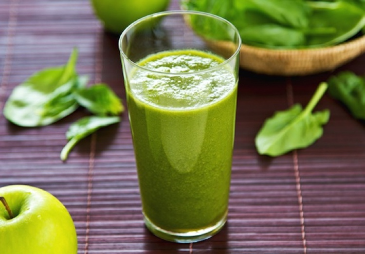 Smoothies with spinach