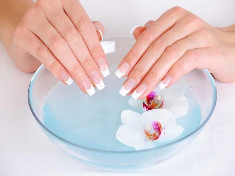 strengthen-brittle-nails